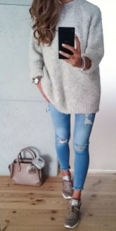 Simple Winter Outfits Ideas For School10