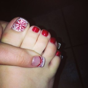Stunning Toe Nail Designs Ideas For Winter02