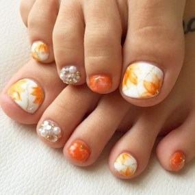 Stunning Toe Nail Designs Ideas For Winter03