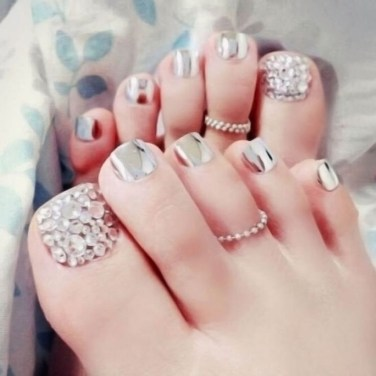Stunning Toe Nail Designs Ideas For Winter35