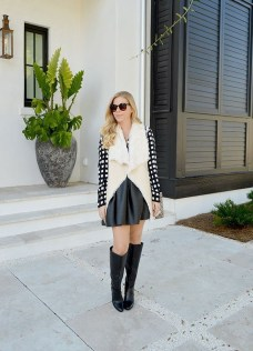 Stunning Winter Outfits Ideas With Skirts12