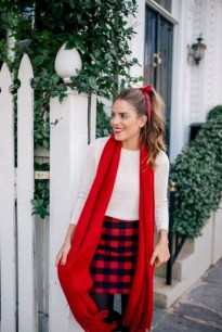 Stunning Winter Outfits Ideas With Skirts29