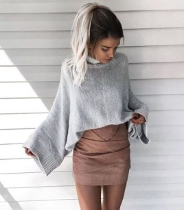 Stunning Winter Outfits Ideas With Skirts31