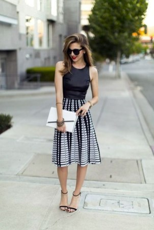 Beautiful Outfits Ideas To Wear This Spring35