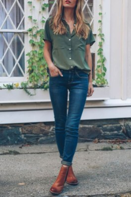Captivating Spring Outfit Ideas33