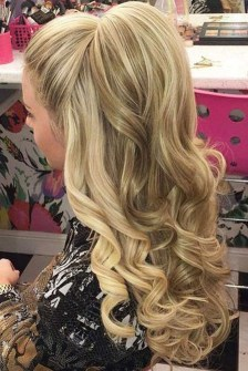 Charming Hairstyles Ideas For Long Hair22
