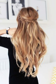 Charming Hairstyles Ideas For Long Hair25