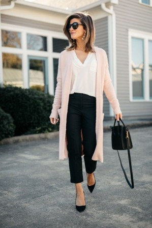 Charming Spring Outfits Ideas For 201936