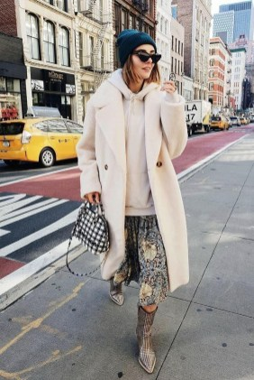 Cool Street Style Outfits Ideas16