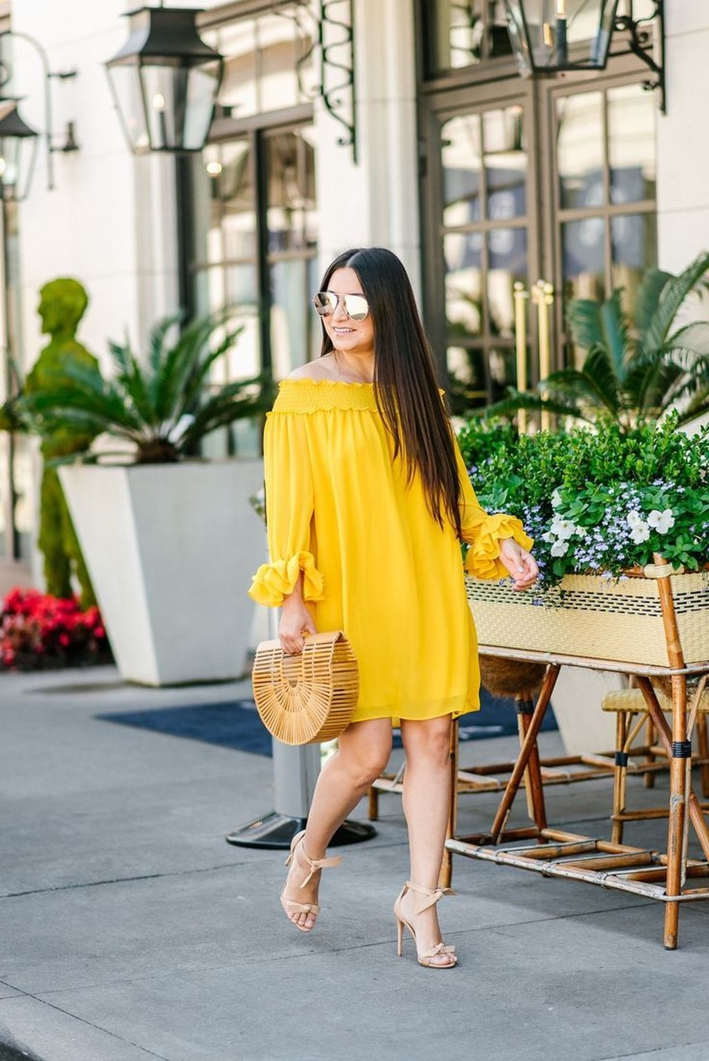 Cute Yellow Outfit Ideas For Spring20