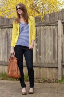 Cute Yellow Outfit Ideas For Spring23