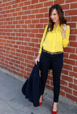 Cute Yellow Outfit Ideas For Spring27