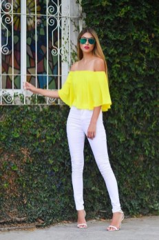 Cute Yellow Outfit Ideas For Spring31
