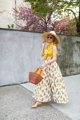 Cute Yellow Outfit Ideas For Spring33