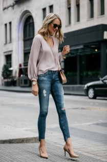 Latest Jeans Outfits Ideas For Spring37