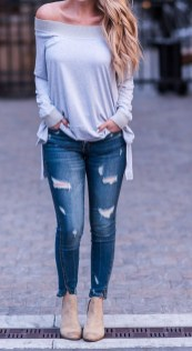 Latest Jeans Outfits Ideas For Spring41