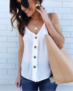 Lovely Spring Outfits Ideas With White Top22