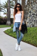 Lovely Spring Outfits Ideas With White Top24