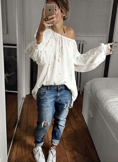 Lovely Spring Outfits Ideas With White Top42