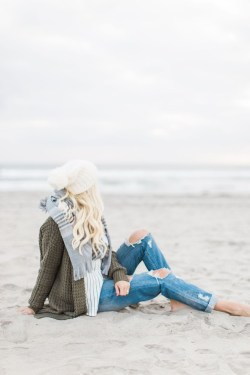 Stylish Fashion Beach Outfit Ideas25