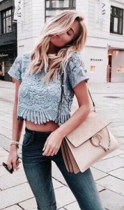 Attractive Spring Outfits Ideas01