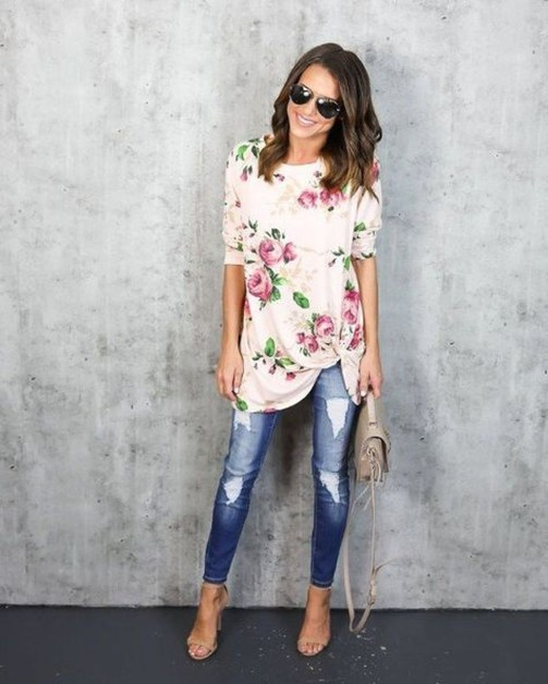 Attractive Spring Outfits Ideas37