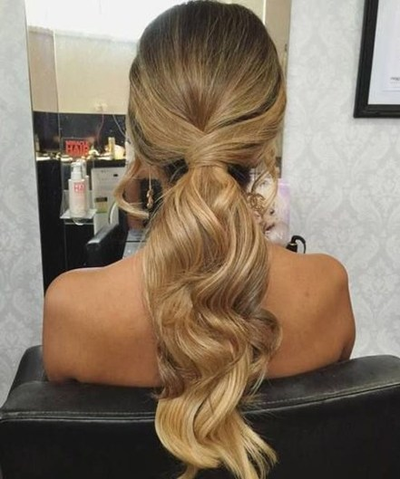 Beautiful Long Hairstyle Ideas For Women06