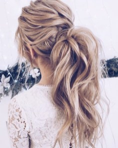 Charming Ponytail Hairstyles Ideas With Sophisticated Vibe15