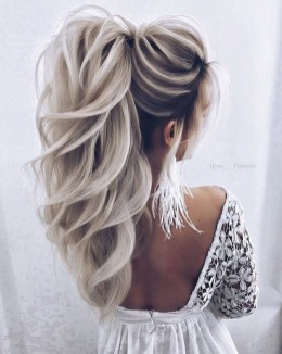 Charming Ponytail Hairstyles Ideas With Sophisticated Vibe28