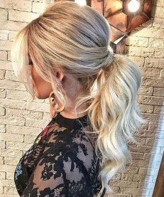 Charming Ponytail Hairstyles Ideas With Sophisticated Vibe33