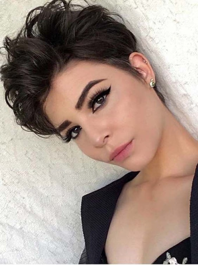 Extraordinary Short Haircuts 2019 Ideas For Women06