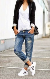 Fabulous Spring Outfits Ideas To Wear Now30