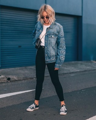 Fabulous Spring Outfits Ideas To Wear Now32