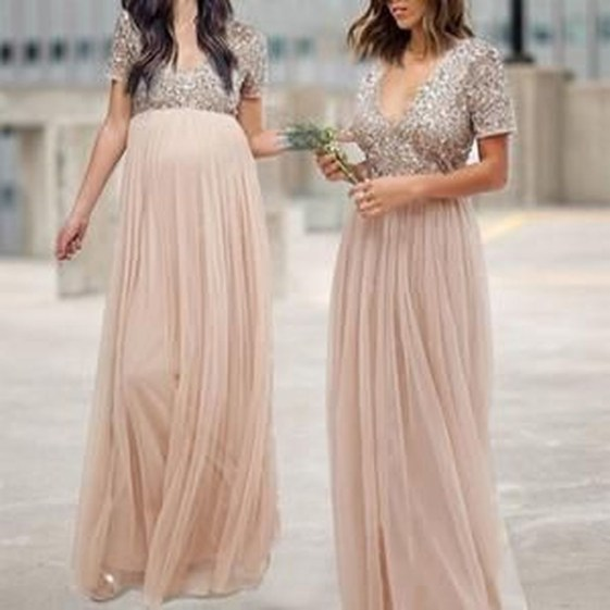 Gorgeous Maternity Wedding Outfits Ideas For Spring31