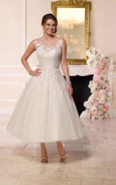 Gorgeous Tea Length Wedding Dresses Ideas27