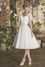 Gorgeous Tea Length Wedding Dresses Ideas30