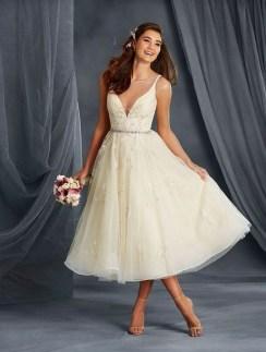 Gorgeous Tea Length Wedding Dresses Ideas41