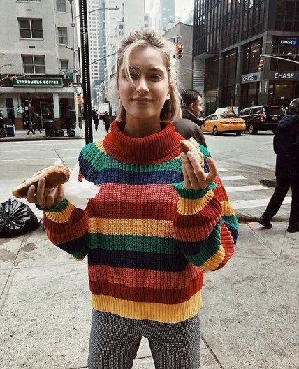 Impressive Sweater Outfits Ideas For Spring04