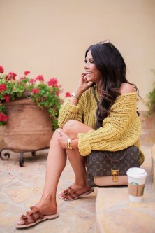 Impressive Sweater Outfits Ideas For Spring09