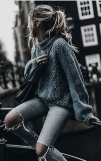 Impressive Sweater Outfits Ideas For Spring17