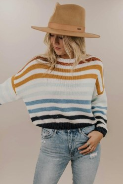 Impressive Sweater Outfits Ideas For Spring21