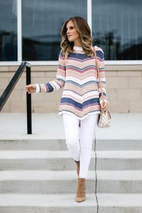Impressive Sweater Outfits Ideas For Spring27