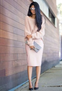Impressive Sweater Outfits Ideas For Spring44