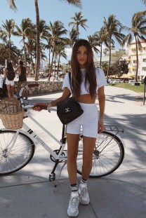 Luxury Summer Outfits Ideas To Try Now13