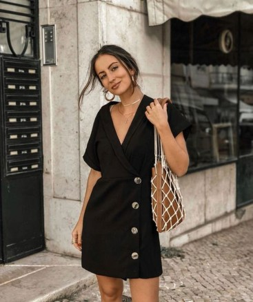 Outstanding Outfit Ideas To Wear This Spring18