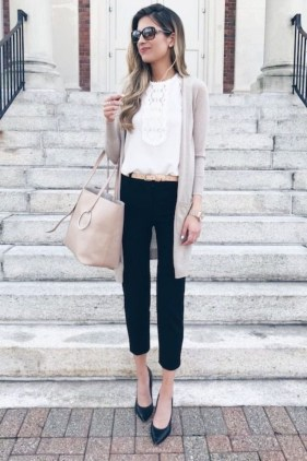 Outstanding Outfit Ideas To Wear This Spring42