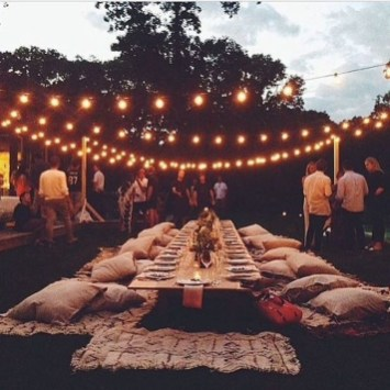 Pretty Backyard Reception Decoration Ideas01