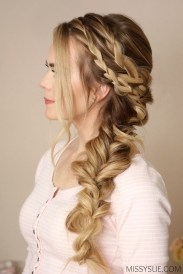 Stylish Mermaid Braid Hairstyles Ideas For Girls22