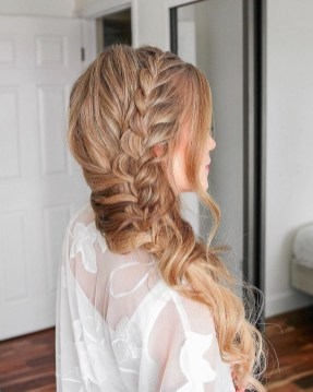 Stylish Mermaid Braid Hairstyles Ideas For Girls42