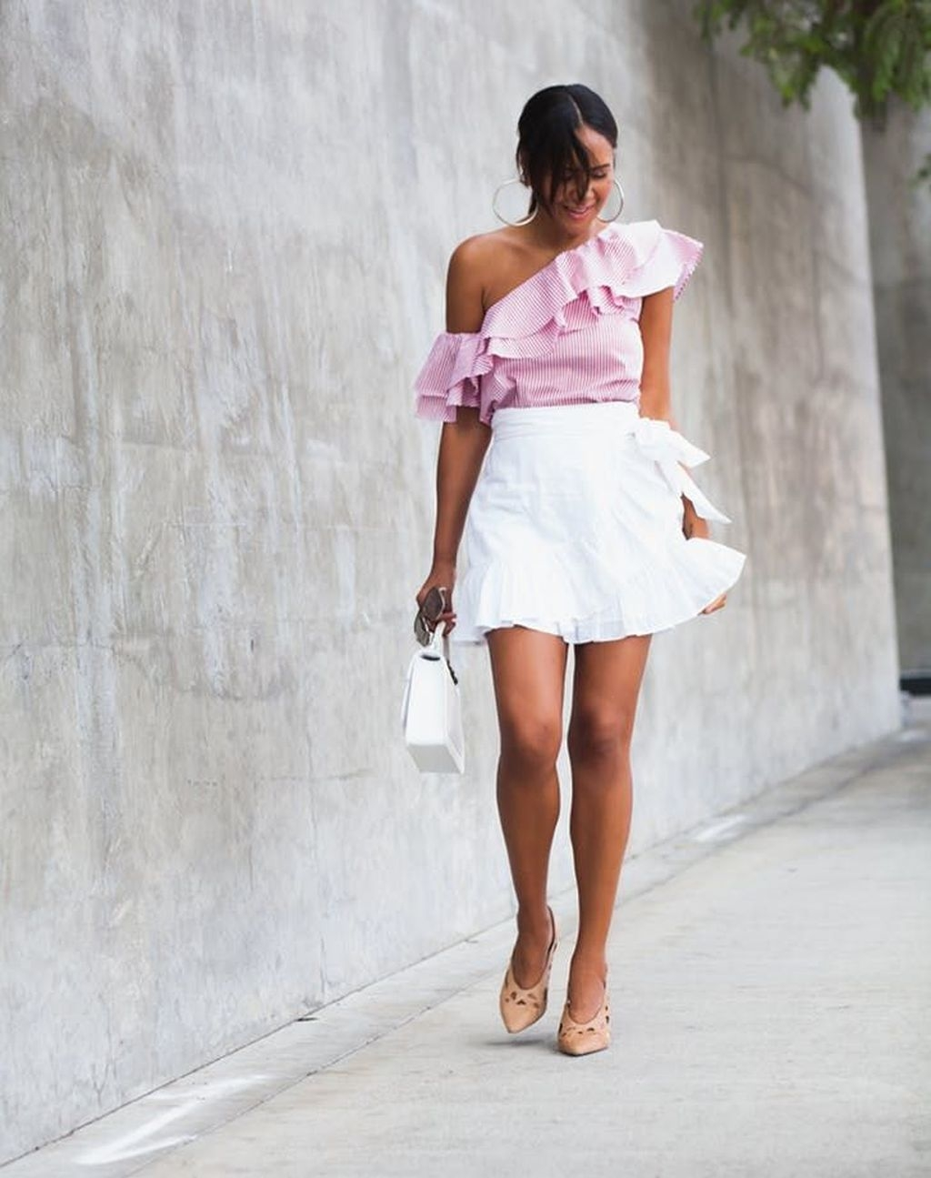 Wonderful Summer Outfits Ideas For Ladies33